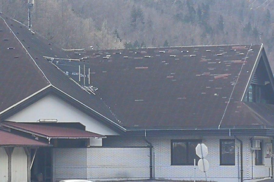 Prenavljamo streho in dvigalo v stavbi